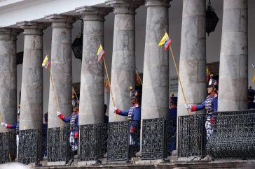 Gardes devant le Palais Présidentiel
