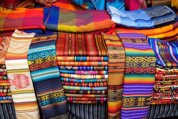 Textiles au marché d'Otavalo
