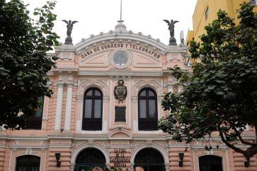 Casa de correos y telegraphos à Lima