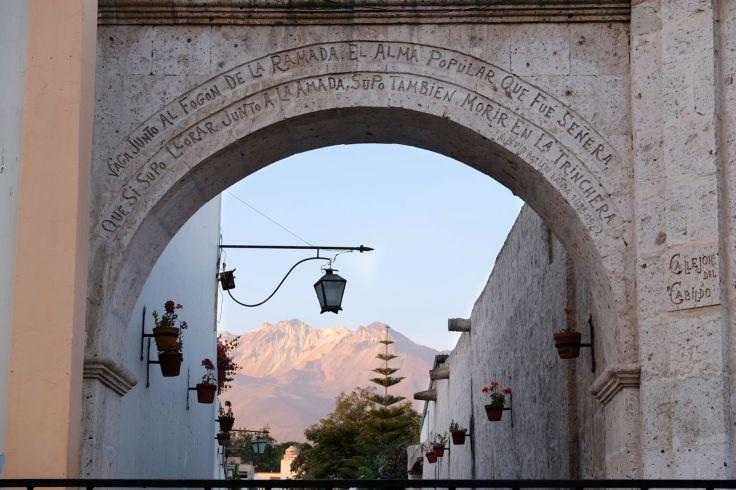 Arche du Mirador Yanahuara
