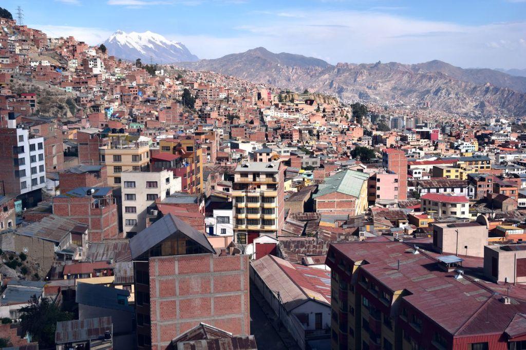 L'immensité de La Paz et l'Illimani